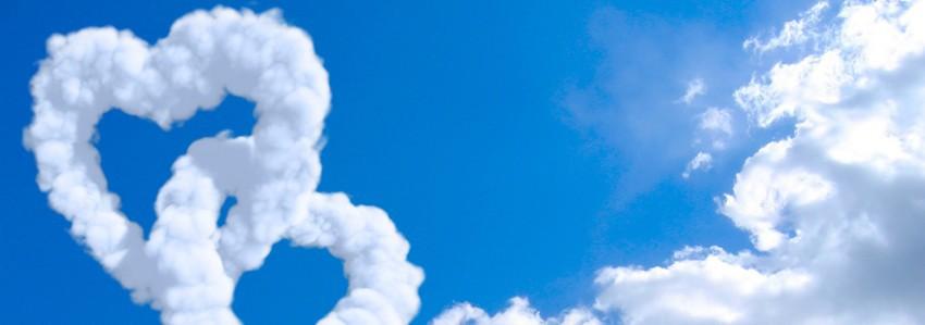 couverture facebook, facebook cover, nuages en forme de coeurs, amour, ciel bleu, bonheur